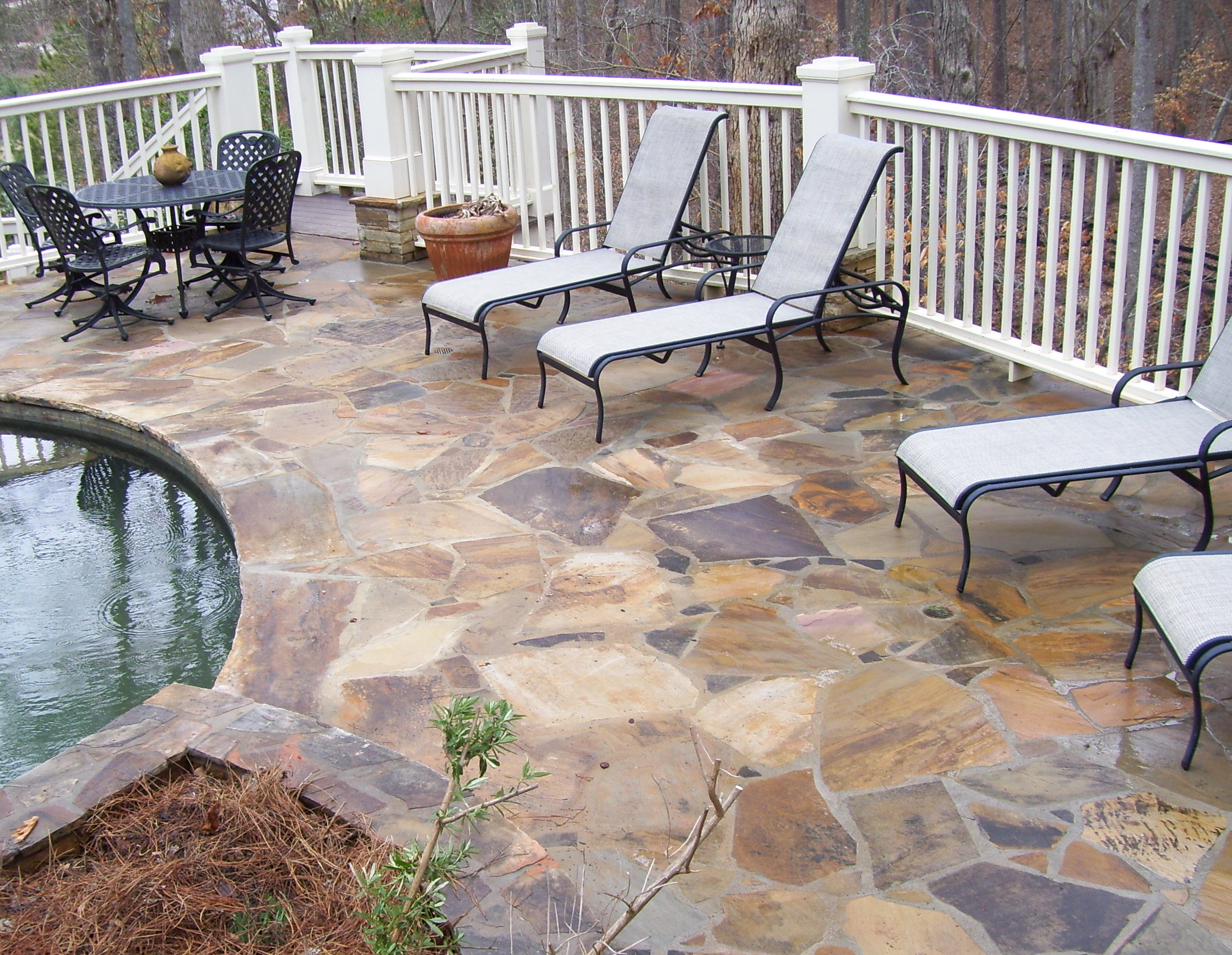 tan flagstone pool deck.jpg